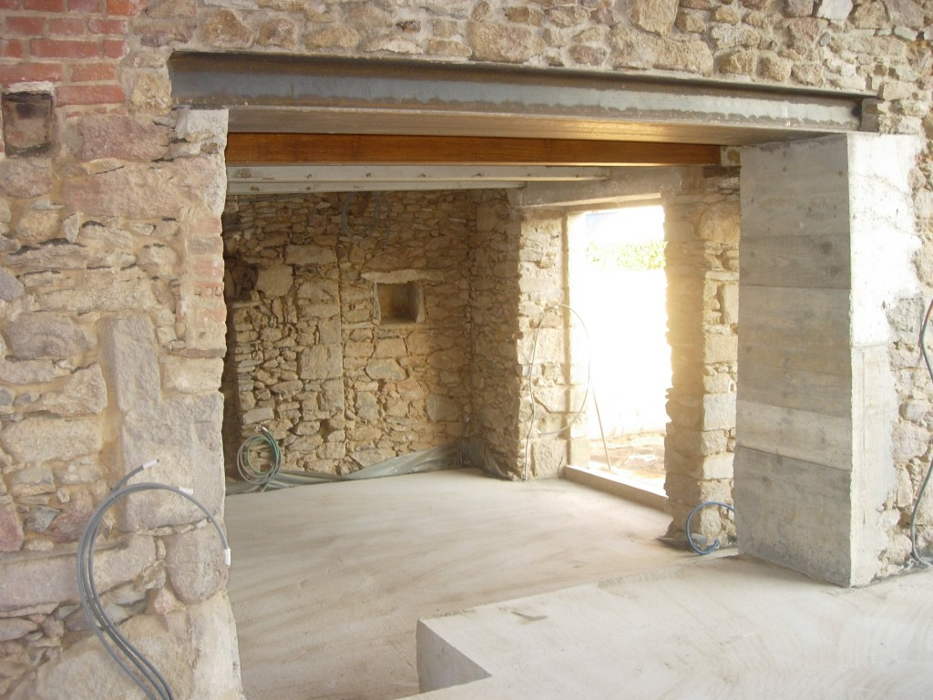 Creation ouvertures murs porteurs rennes r alisation - Faire une cheminee en cuisine ...