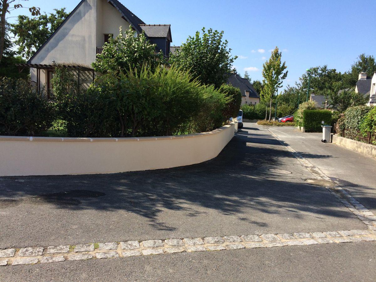 Pose De Cloture Ille Et Vilaine aménagements extérieurs rennes clôtures soubassements murs